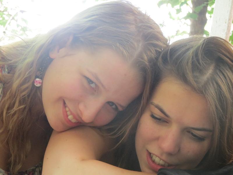tesók - Niki és Mazs