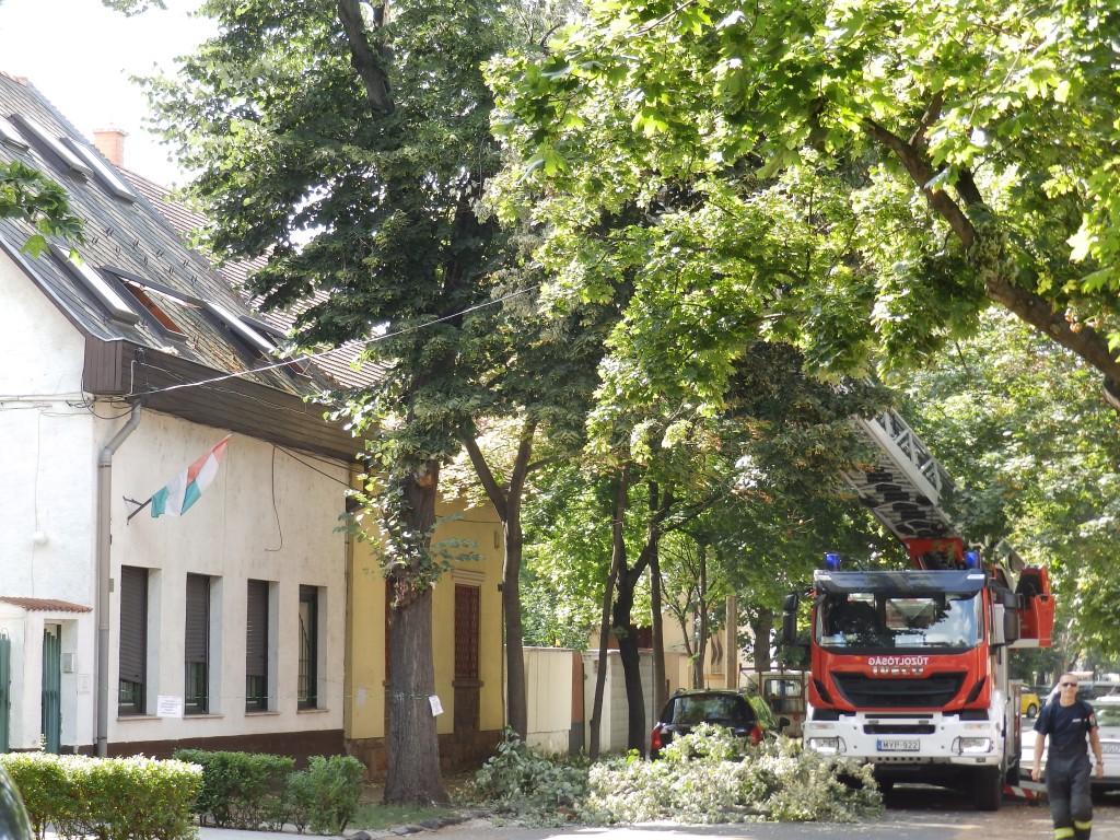 Simeon Otthonunk, korábbi viharkárt számolt fel a tűzoltóság
